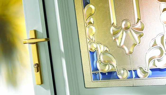 rockingham-blue-crystal-aurora-pvcu-door-lifestyle